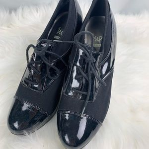 Women's black fabric + patentleather lace up heels